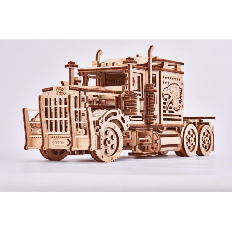 Big Rig, le camion amercain en puzzle 3d par WoodTrick. Dispo chez Tidipuz.fr