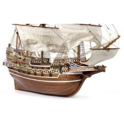 Voici une magnifique réplique d'un Galion anglais, le HMS Revenge, Occre 13004, , EAN 8436032424330