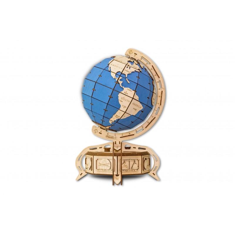 globe terrestre en bois à assembler fabriqué par ECO WOOD ART